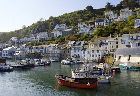 UK, England, Cornwall, Polperro, fishing harbor - SIEF07452