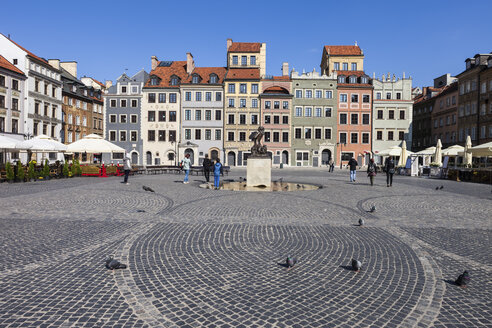 Poland, Warsaw, Old Town Square - ABOF00210