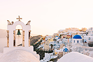 Greece, Santorini, Oia, view to the village at sunset - GEMF01726