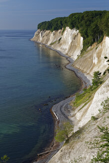 Germany, Mecklenburg-Western Pomerania, Jasmund National Park, Chalk coast at the Baltic Sea - GFF01001