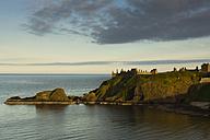 UK, Scotland, Stonehaven, Dunnottar Castle - FCF01210