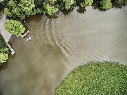 USA, Virginia, boat on Chickahominy River - BCDF00294