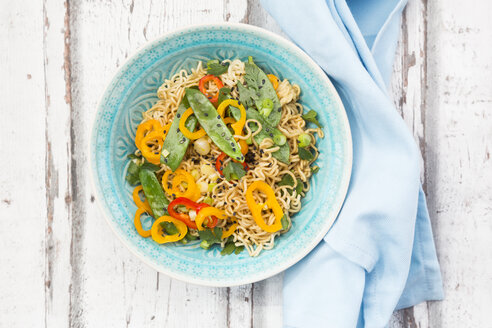 Bowl of mie noodles with vegetables - LVF06231