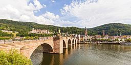 Germany, Heidelberg, view to the old town with old bridge in the foreground - WDF04079