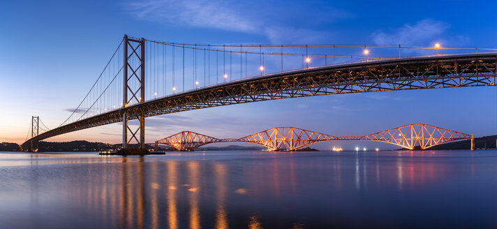 UK, Scotland, Fife, Edinburgh, Firth of Forth estuary, Forth Bridge and Forth Road Bridge at sunset - SMAF00815