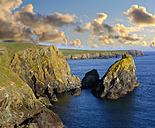 UK, England, Cornwall, The Lizard, Kynance Cove - SIEF07467