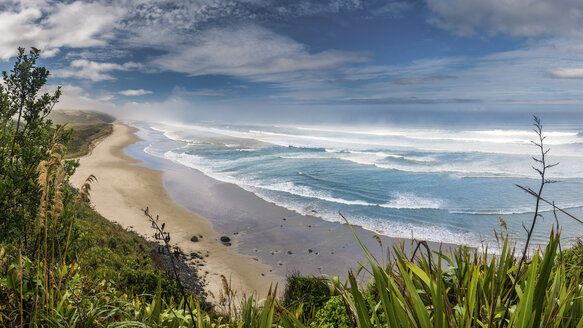 New Zealand, North Island, view to Maunganui Bluff Beach - STSF01284