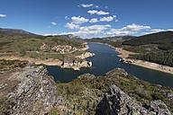 Spain, Castilla y Leon, Palencia, Lake Camporredondo - DHCF00139