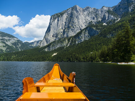 Austria, Styria, Altaussee, boat on Altausseer See with Trisselwand at in the background - AMF05457