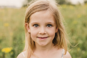 Portrait of blond little girl in nature - NMSF00154