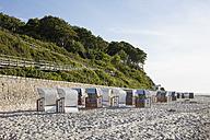 Germany, Mecklenburg-Vorpommern, Nienhagen, cliff coast and beach chairs - WIF03423
