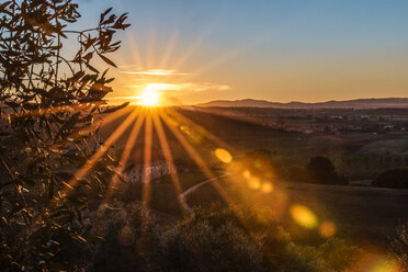 Italy, Tuscany, sunset in the Province of Siena - CSTF01347