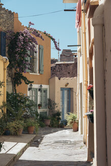 France, Collioure, scenic alley in the town - SKCF00317