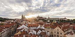 Czech Republic, Prague, Mala Strana, cityscape with Hradcany and St. Nicholas' Church - WDF04093