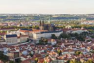 Czech Republic, Prague, Mala Strana, cityscape with Hradcany, castle and St. Vitus Church - WDF04111
