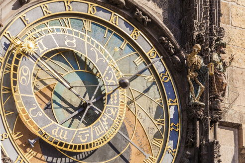 Czech Republic, Prague, old town, Old Town Hall, astronomical clock - WDF04120