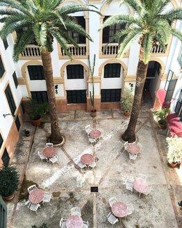 Courtyard in Palma de Mallorca - LM00737
