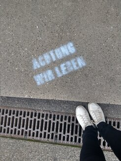 shoes, legs, street, stencil