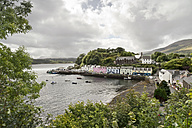 UK, Scotland, Isle of Skye, Portree, harbor - CLPF00137