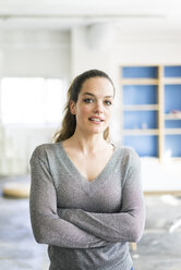 Portrait of confident woman - JOSF01790