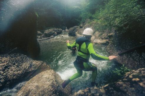 Germany, Bavaria, Allgaeu, canyoning in Ostertal - PNPF00093