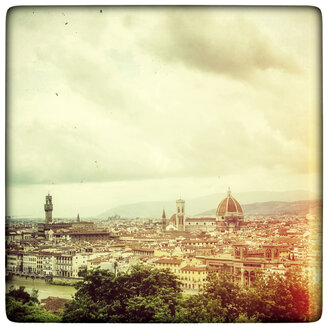 Italy, Tuscany, Florence, cityscape seen from Piazzale Michelangelo - PUF00750