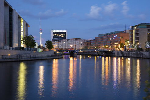 Germany, Berlin, view to Marie-Eisabeth-Lueders-Building, television tower and ARD Capital Studio - WIF03439