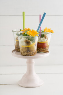Three jars of salad to go with spelt, cherry tomatoes, zucchini, walnuts, parsley, mozzarella and edible flowers - ECF01900
