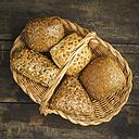Baket with different grain rolls - ECF01922