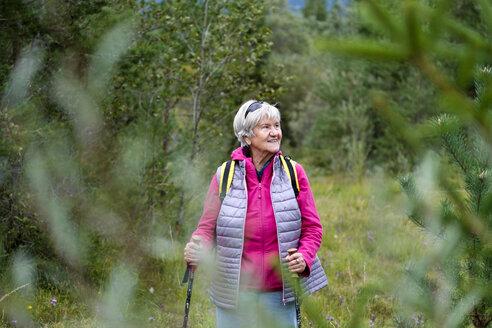 Hiking senior woman - LBF01678