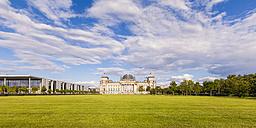 Germany, Berlin, Berlin-Tiergarten, view to Reichstag - WDF04163