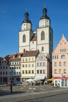 Germany, Lutherstadt Wittenberg, view to St Mary's Church at market square - HWOF00237
