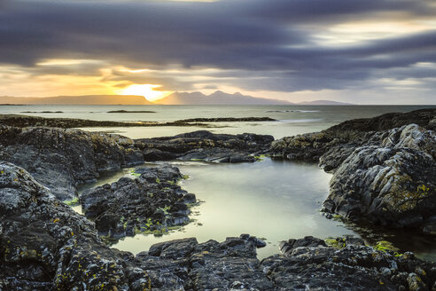 Great Britain, Scottland, Scottish Highlands, Council Area, coast near Arisaig, sunset - STSF01327