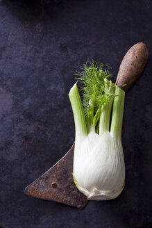 Fennel corm and an old cleaver - CSF28459