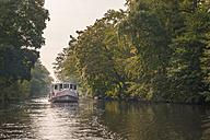 Germany, Hamburg, Rondeel channel, excursion boat - KEBF00663