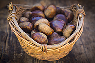 Roasted sweet chestnuts in a basket - LVF06358
