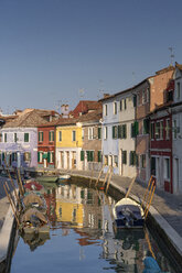 Italy, lagoon of Venice, Burano, boats on canal - RPSF00018