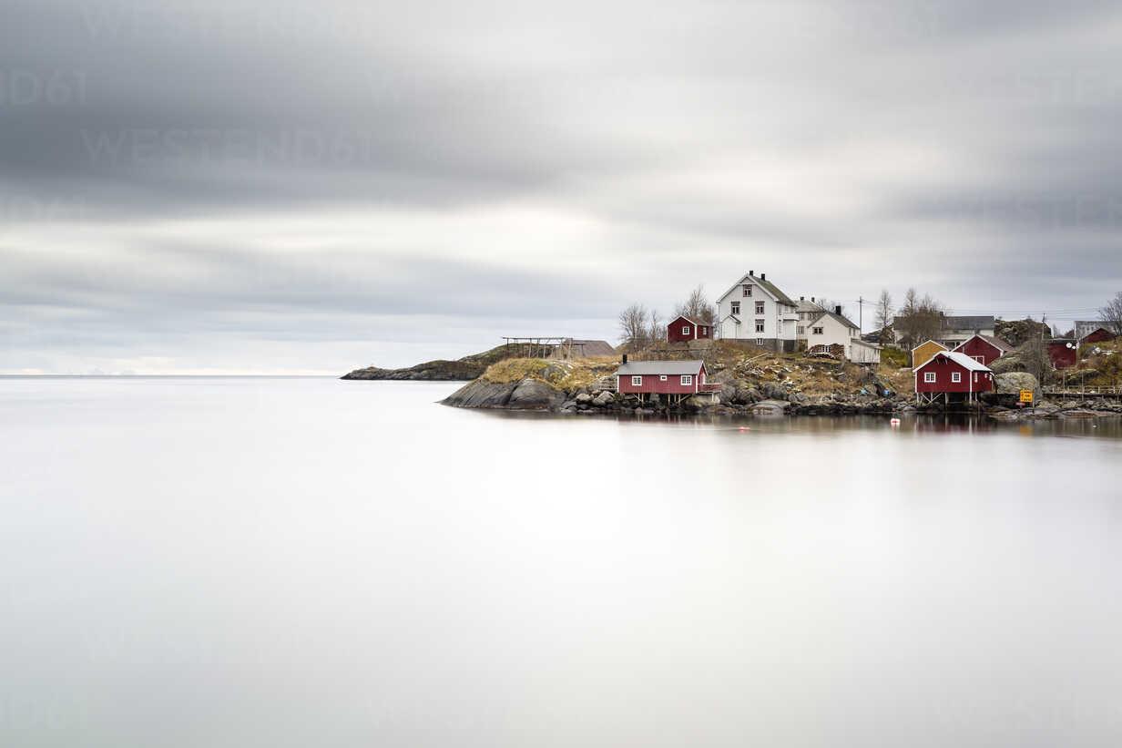 Norway, Lofoten, Nusfjord, Hamnoy - RPSF00054 - Raul Podadera Sanz/Westend61