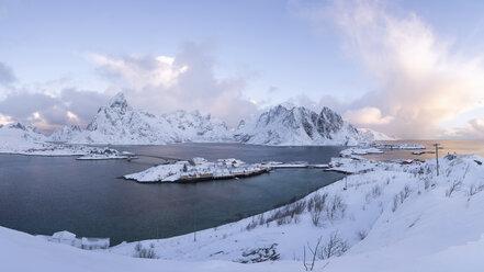 Norway, Lofoten, Hamnoy, Reine - RPSF00060