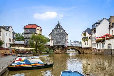 Germany, Rhineland-Palatinate, Bad Kreuznach, Old town, Old Nahe bridge with Bridge houses - PUF00884
