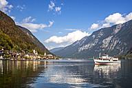 Austria, Salzkammergut, Hallstaetter See, Hallstadt - PUF00893