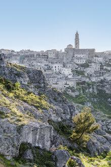 Italy, Basilicata, Matera, Townscape and historical cave dwelling, Sassi di Matera - CSTF01471