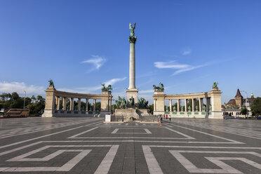 Hungary, Budapest, Millennium Monument on Heroes' Square - ABOF00322