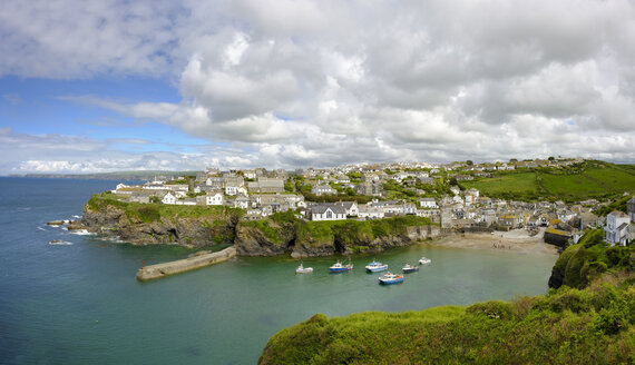 United Kingdom, England, Cornwall, Port Isaac, Fishing village and harbour - SIEF07594