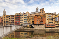 Spain, Girona, colorfull houses in old town - XCF00157