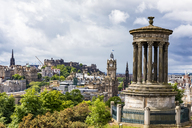 Great Britain, Scotland, Edinburgh, cityscape of old town, Dugald Stewart Monument, with Edinburgh Castle, Scott Monument and Balmoral Hotel - FOF09523