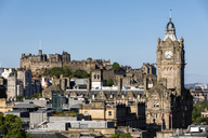 Great Britain, Scotland, Edinburgh, view from Calton Hill, Old town with Edinburgh Castle and Balmoral Hotel - FOF09529