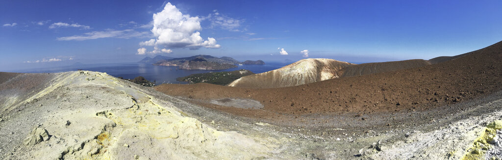 Italy, Aeolian Islands, Volcano Island Panorama - THGF00035