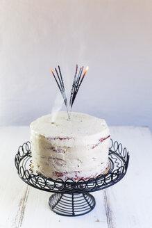 Red Velvet cake, burnt down sparklers - SBDF03377