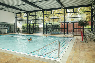 Indoor swimming pool - MFF04219